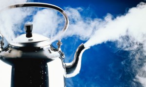 A-kettle-boiling-006